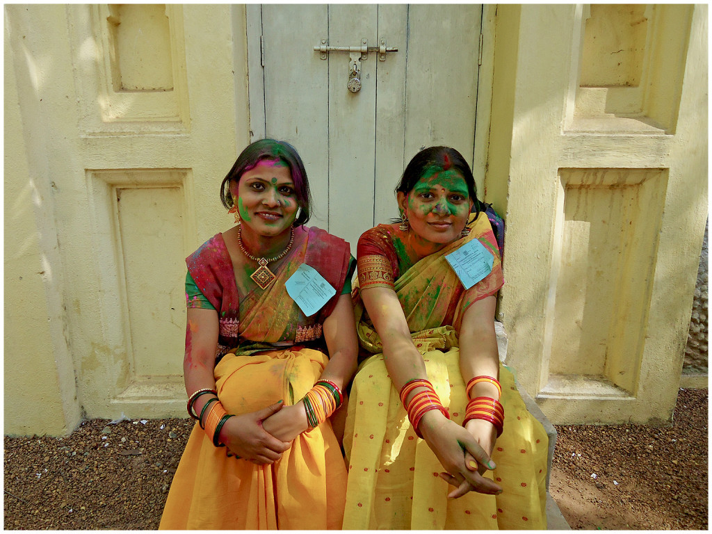 Student girls at Holi in Santiniketan